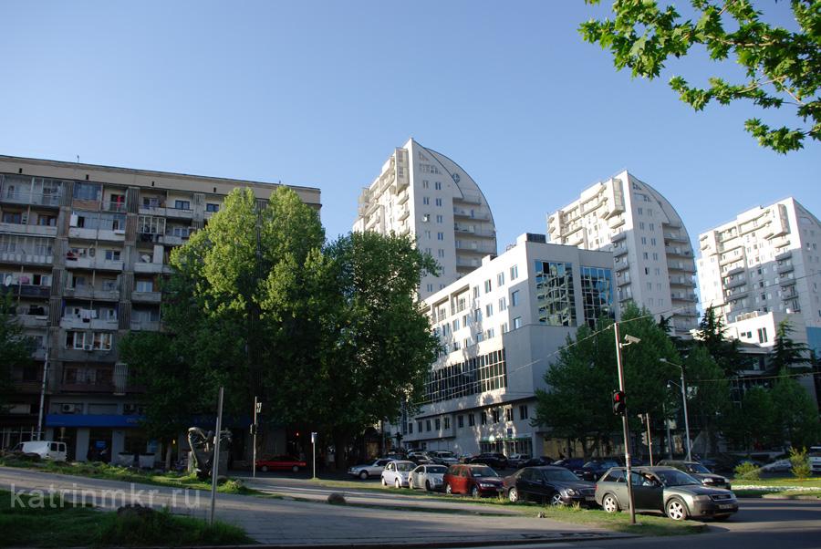 Тбилиси. Новостройки.