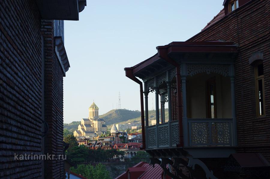 Тбилиси. По пути к крепости Нарикала.